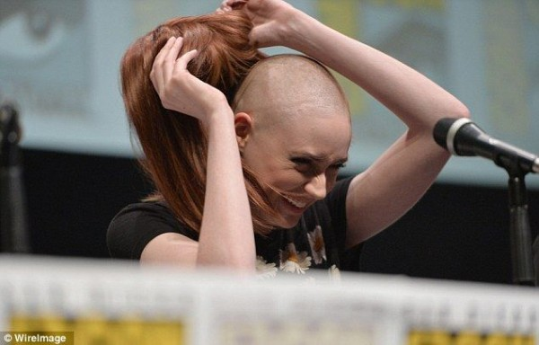 Karen Gillan reveals her shaved head at Comic Con 2013 press conference