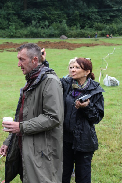 Lizzie Yanni Georgiou on the set of Guardians with actor Ralph Ineson