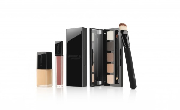 Make-Up-by-HD-Brows®-group-image-1024x626