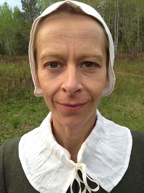 Kate Dickie as Katharine at the plantation