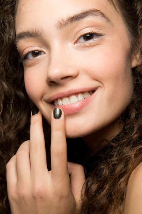 Marchesa SS17 - Make-up by Bobbi Brown