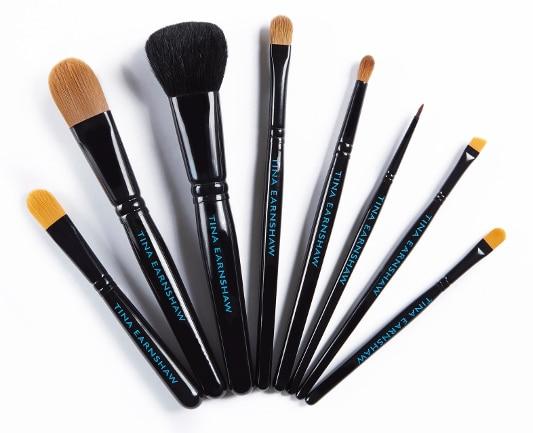 tina-earnshaw-brushes-11