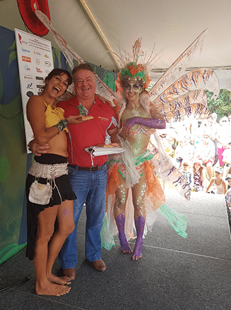 1st Prize Wearable Art Dominque Abraham with sponsor Geoff Edwards of Bendigo Bank