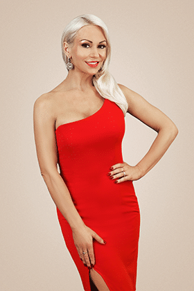 Kristina Rihanoff, red dress